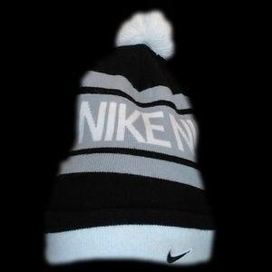 Nike Cuffed Pom Pom Stripes Beanie Hat
